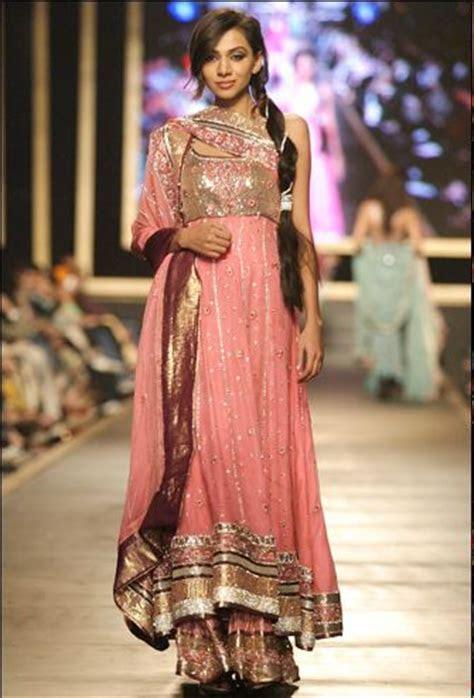 Pakistani Fancy Dresses 2018 for Girls