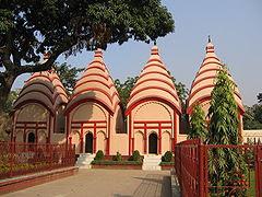 Shiva temples inside Dhakeshwari Temple