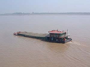 A self propelled dry bulk barge carrying crush...