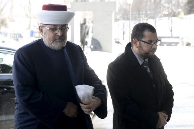 Les propos de l'imam Hassan Guillet (à gauche)ont... (Le Soleil, Yan Doublet)
