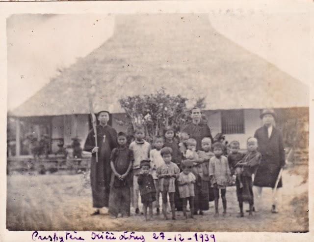 MỘT NGÀY CHÚA NHẬT Ở KIỀU ĐÔNG NĂM 1912 - Lm. Phaolo Nguyễn Minh Chính