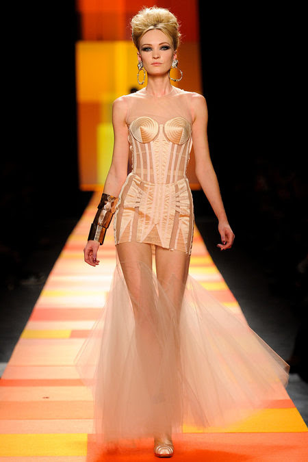 Jean-Paul-Gaultier-couture-primavera-2013-21