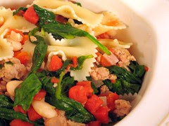 sausage farfalle spinach1