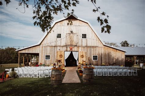 farm  barn wedding venues   event  rustic