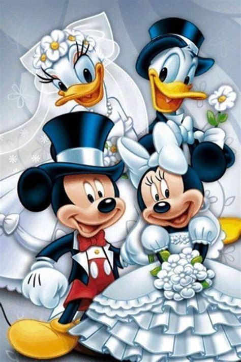 Double wedding of Mickey Mouse and Minnie Mouse, Donald