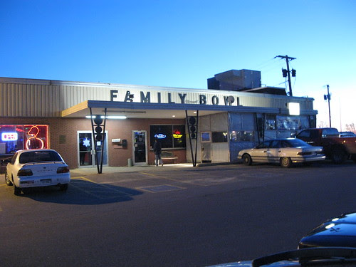 Family Bowl in Waterford, CT