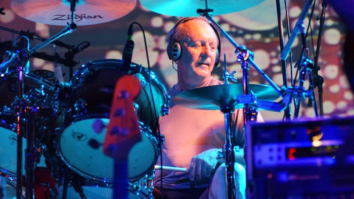 img BUTCH TRUCKS, Drummer