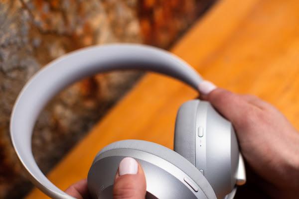 1dc7d0ddfc3 Google News - Bose launches Noise Cancelling Headphones 700 - Overview