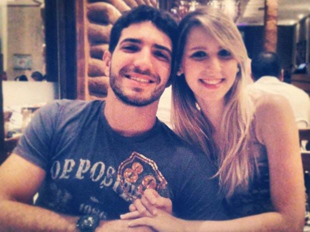 Igor e Rafaela estavam na moto atingida por um carro na avenida Romualdo Galvão, em Natal (Foto: Cedida/Arquivo Pessoal)