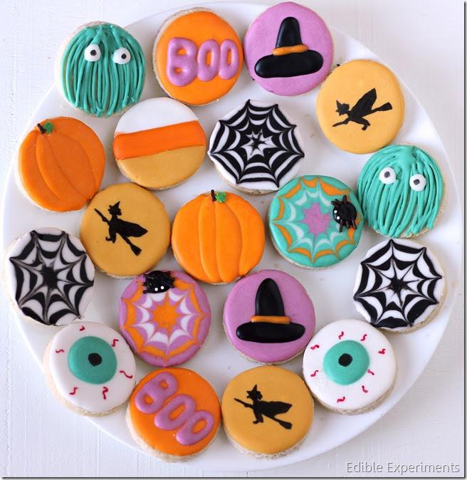 Cute Halloween Sugar Cookies | Edible Experiments