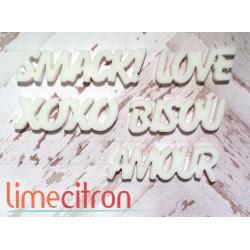 Acrylique - petits mots Amour BLANC