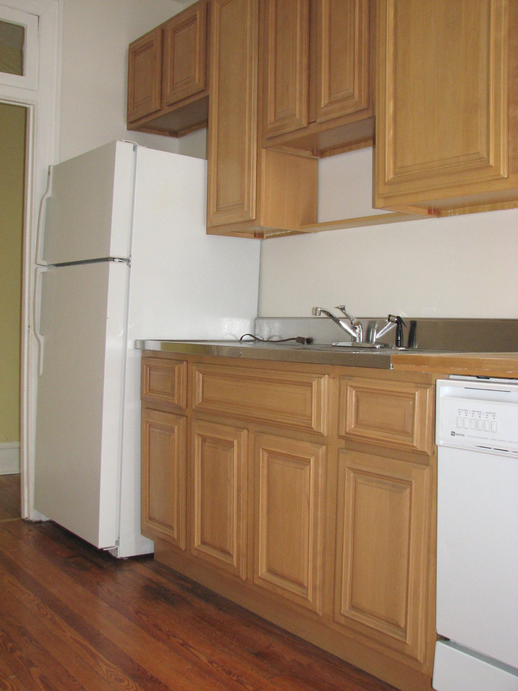Honey Maple Wood Kitchen Cabinets