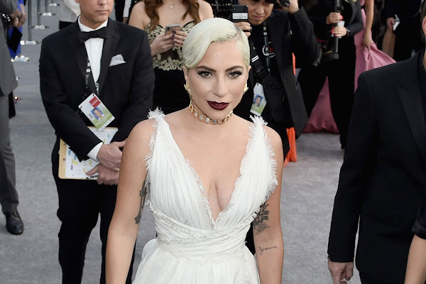 b0706e41c91 Lady Gaga Wears a White Dior Couture Gown From Last Week s Runway to the  2019 SAG Awards