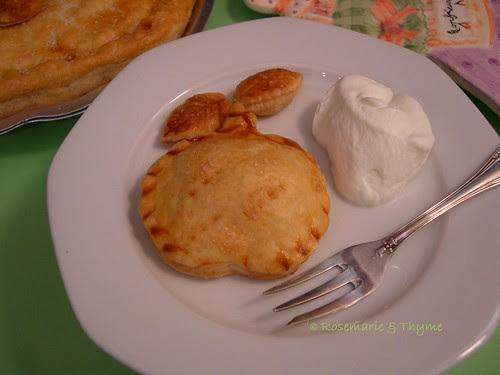 DSCN6879 - Tiny apple pie