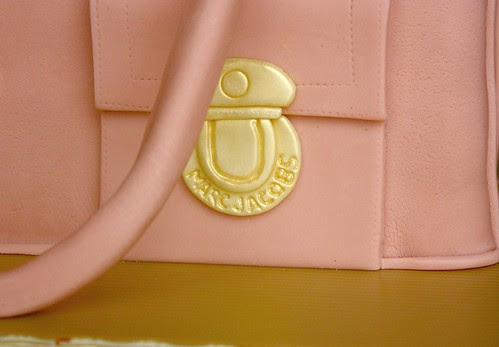Push-lock detail - Marc Jacobs Blake Bag Cake