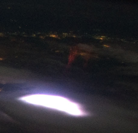 File:Sprite from ISS (cropped).jpg