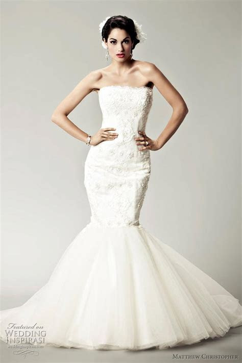Goes Wedding » 2012 White Strapless and Lace Wedding Gown