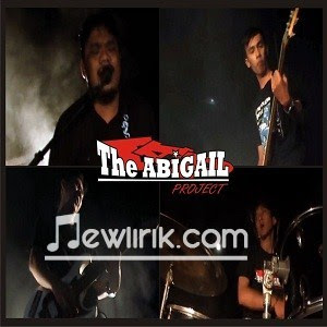 Lirik Lagu The Abigail Project- Meninggi
