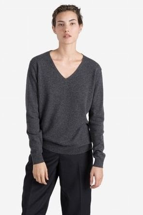 Everlane Slouchy Cashmere V-Neck Sweater