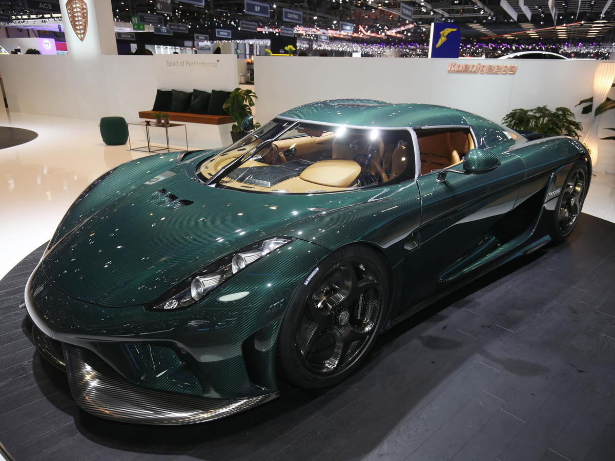 "Koenigsegg's Regera hybrid ""megacar"" wowed the crowd with its removable top. Here it is with the top on ..."
