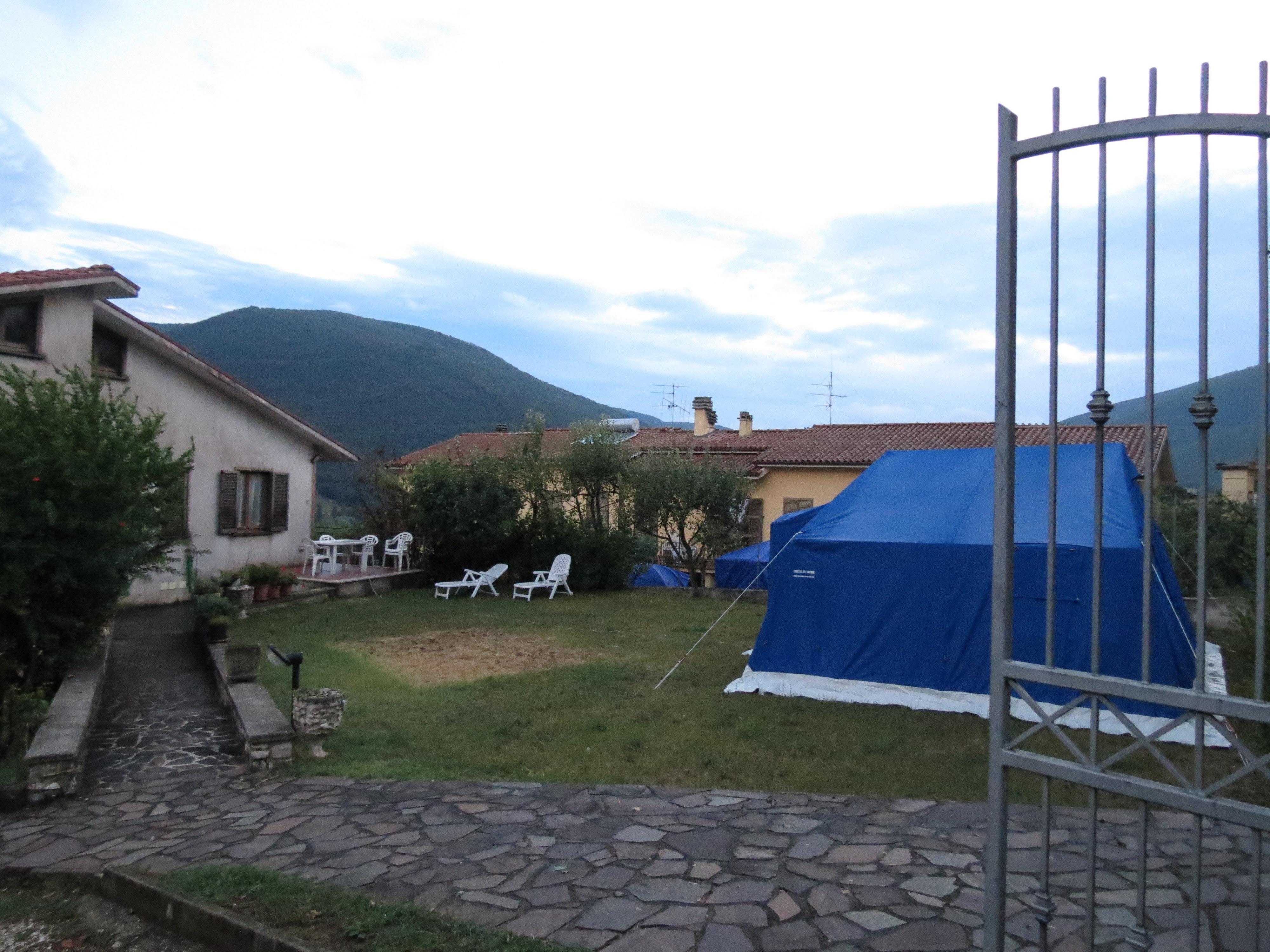 govt-tent