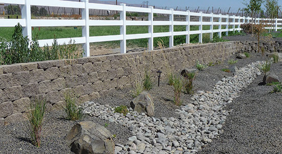 50 Stunning Ecology Block Retaining Wall Design | Decor ...