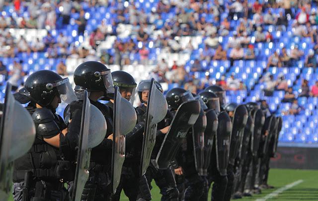 30 detenidos por los incidentes entre Racing-Godoy Cruz