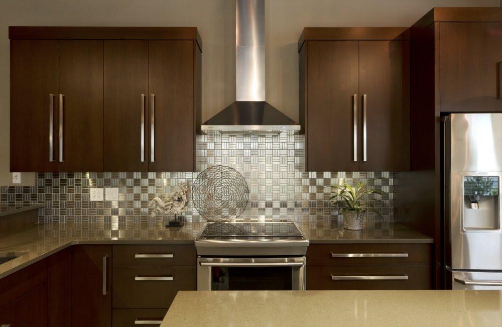 IKEA Stainless Steel Backsplash: The Point Pluses - HomesFeed