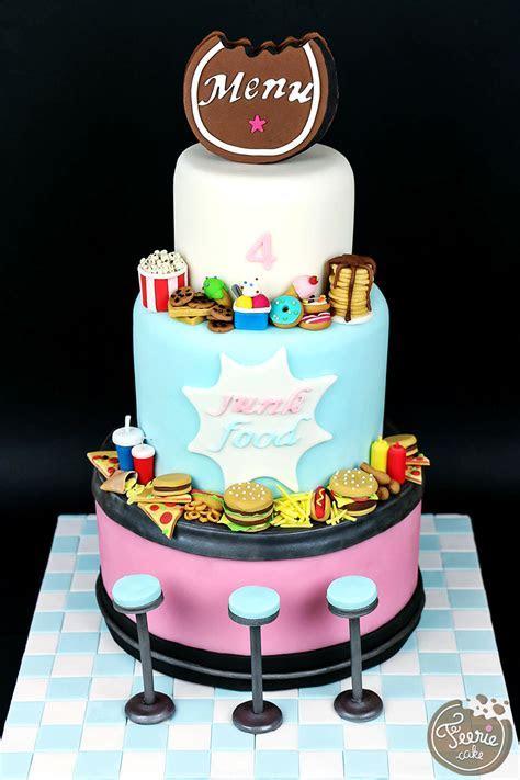 """Gâteau anniversaire 4 ans """"Junk Food""""   Féerie cake"""
