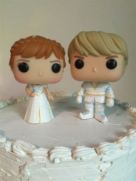 Kristoff and Anna wedding cake toppers!!!! ?   Frozen