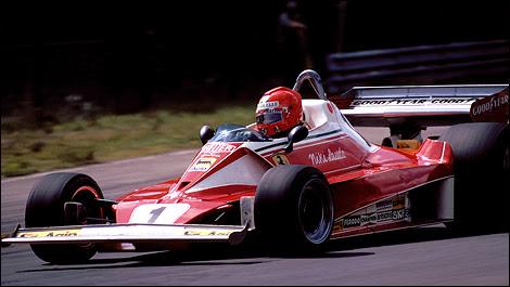 F1: Looking at Niki Lauda's Ferrari and James Hunt's McLaren of 1976 | Auto123.com