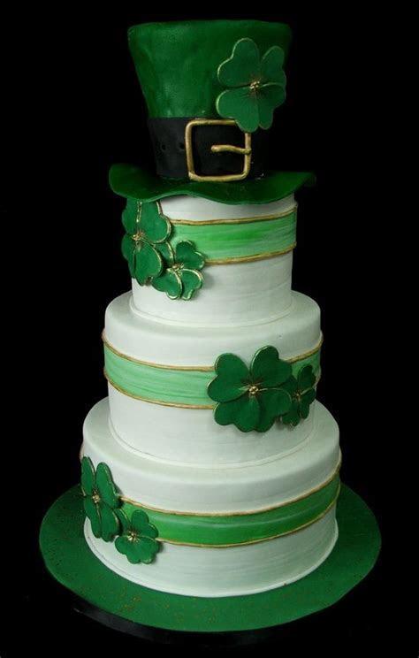 Best 25  Irish wedding cakes ideas on Pinterest