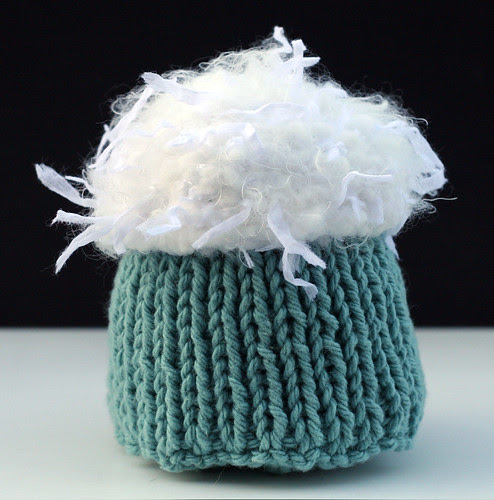 Another knit cupcake