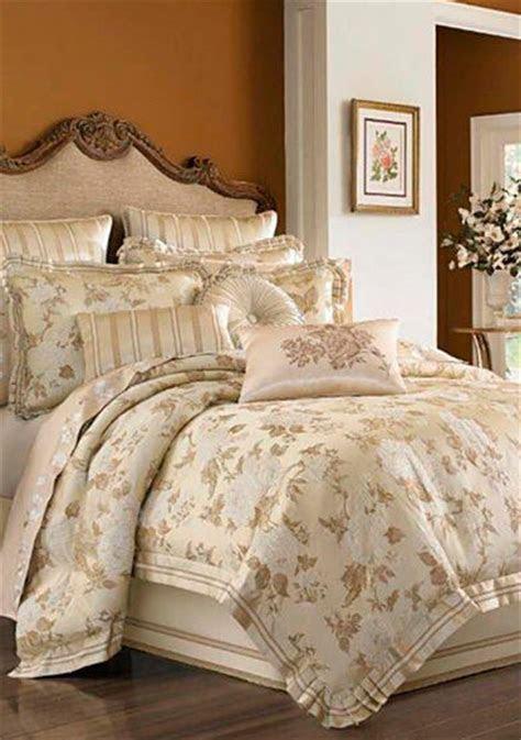 queen  york sophia bedding collection