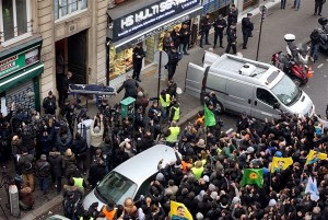 Τουρκία: Παγωμένοι και ανήσυχοι από τις δολοφονίες στο Παρίσι