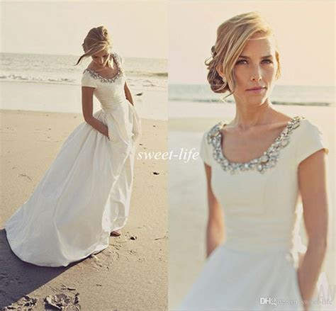 2015 Modern Wedding Dresses with Pockets And Short Sleeves