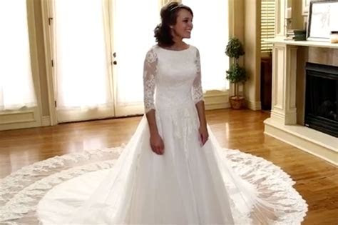 Jinger Duggar Wedding: See Her Trying on Her Wedding Dress