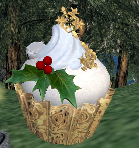 Red or Dead hunt C&P Medium Gold Snowflake Cupcake