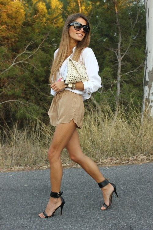 Flawless! #streetstyle #fashion #women | legwearloft.com
