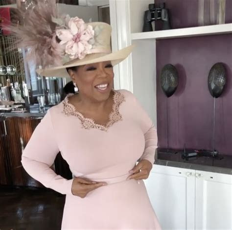 Oprah Winfrey reveals her dress nearly clashed with Meghan
