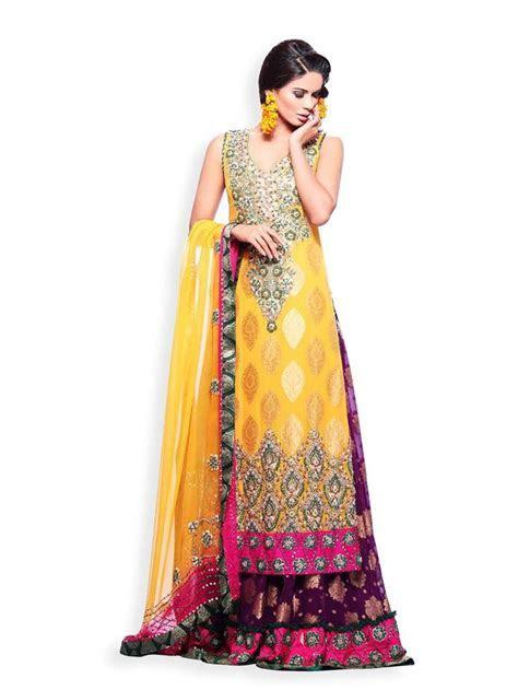 17 best Latest Mehndi Dresses Designs For Girls 2014