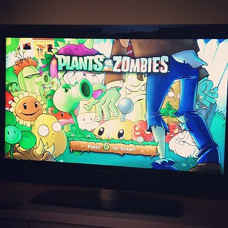 Day101 How we spend a Friday night, playing Plants VS Zombies! 4.12.12 #jessie365