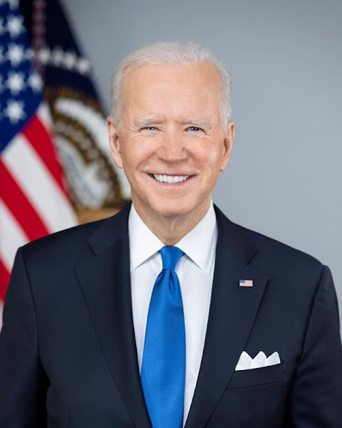 President Biden's Official Portrait Was Shot with a Sony a9 II