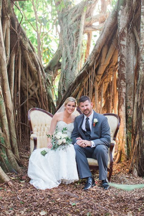 A Natural Wedding at Bonnette Banquet and Lodge in Palm