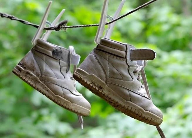 Làm khô giày cấp tốc và không ảnh hưởng đến da giày