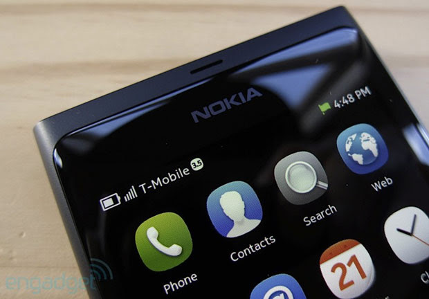 Jolla won't officially support Sailfish on the Nokia N9, suggests the community does
