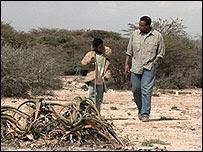 Rageh Omaar filming in Somaliland