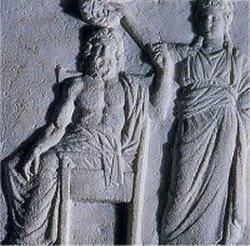 bas-relief d'Athenes, 4eme siecle avant Jesus-Christ, la Democratie couronne le peuple