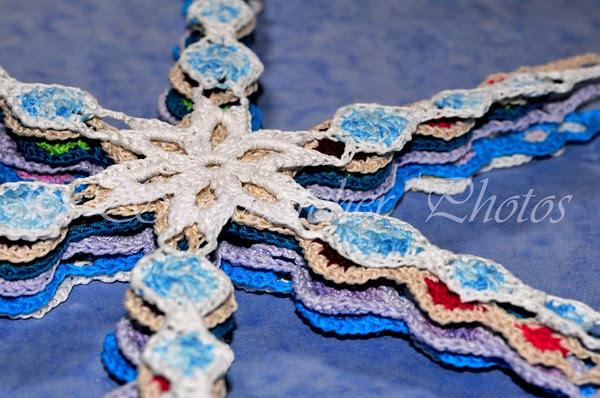 Medallion II Snowflakes