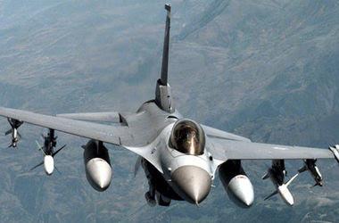 <p>США перебросит в Польшу 12 истребителей F-16. Фото: fighter-f16.ucoz.org</p>